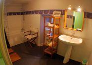 Badkamer bij slaapkamer 8