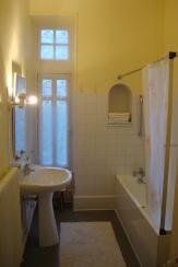 Badkamer bij slaapkamer 5