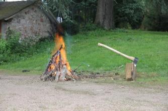 Kampvuur en houthakken