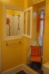 Badkamer bij slaapkamer 4